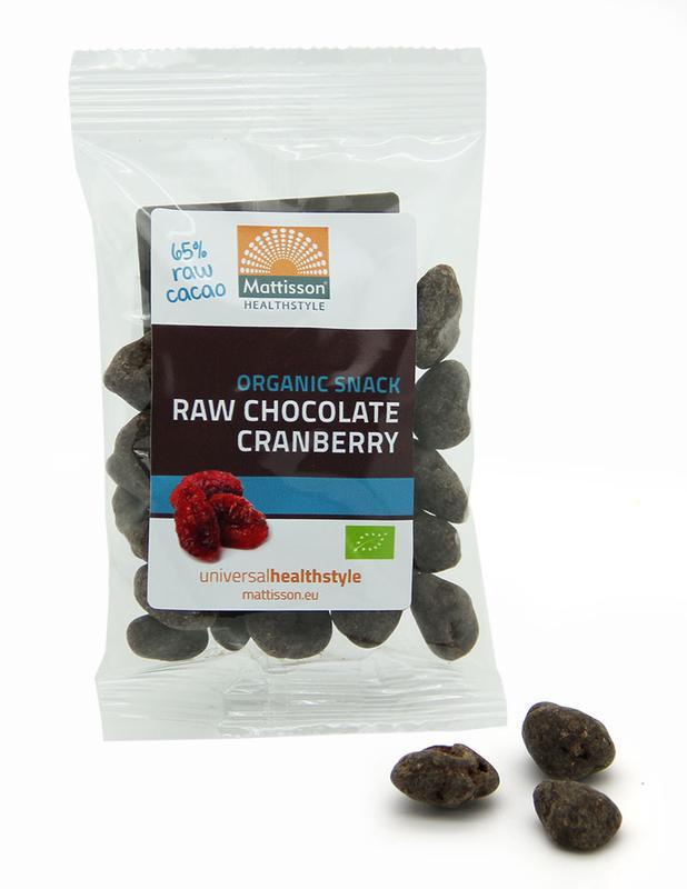 Cranberries snack raw chocolate