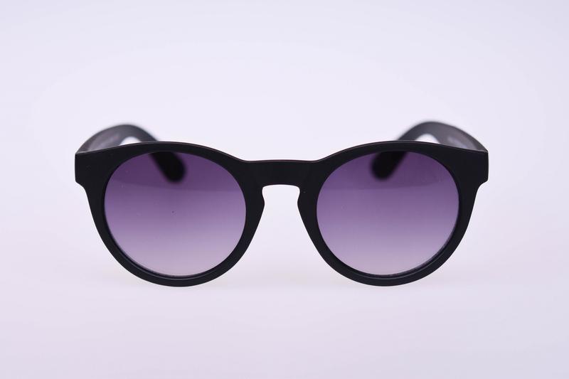 Zonnebril mat zwart rond